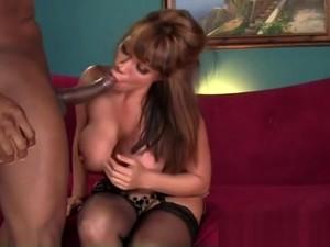 Godlike Breasty Mature Female Ava Devine Comes With A Blowjob