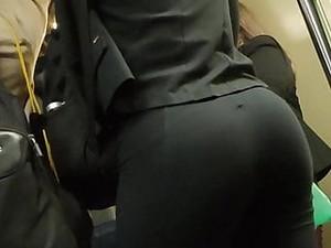 Huge Ass Big Booty Gym Legs Candid Nalgona