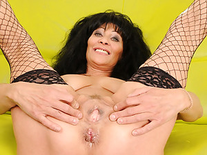 Squirting Granny Enjoys Every Moment