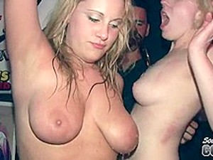 Many Blondes In Tonights Wet T-Shirt Contest - SouthBeachCoeds