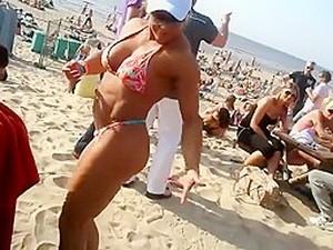 Muscle Babe Bikini Beach Dance