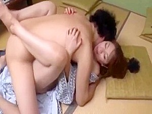 Hot Japanese Mom Gets Fucked