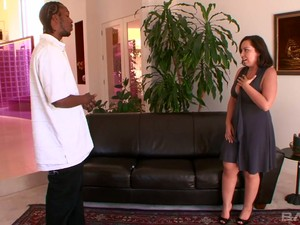 Big Bottomed Whore Wife Mariah Cherry Gets Intimate With BBC Neighbor