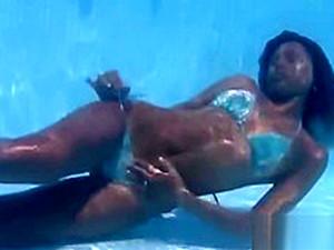 Cute Girl Underwater Part 1