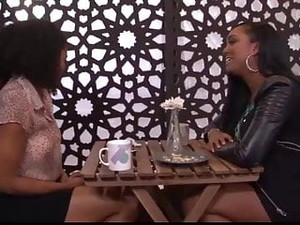 Lesbian First Dates