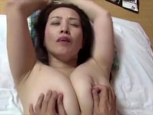 アジアポルノ,アジア人母,巨乳,日本人のポルノ,義理の母