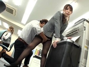 Stop Time To Fuck Big Tits In Office
