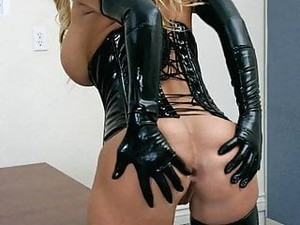 Shyla Latex Gif Video