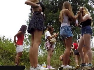 Spy Beautiful Young Girls Peeing Part 1