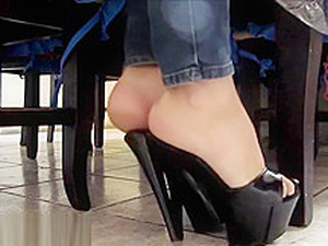 Majo's Feet Under The Table (annadreamfeet)