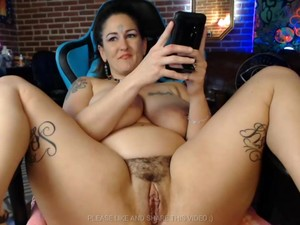 Dirty BBW Brunette Squirts Cum All Over On Cam