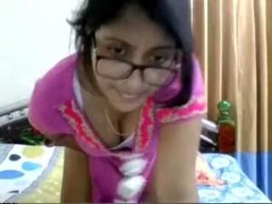 Hot Pakistani Aunty Live Big Boobs
