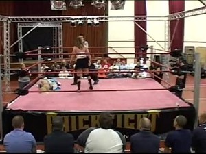 Skye V Bubbles UK Pro Wrestling