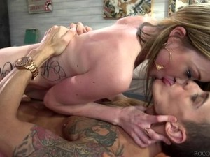 RoccoSiffredi Hung Stud's Anal & Ass To Mouth Threesome