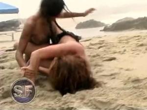 Strip Wrestling
