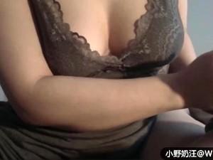 Chinese加拿大骚货按摩技师撸管服务 奶子还有创可贴 对白淫荡 (普通话)