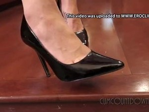 Goddess Nikki - My Little Shoe Whore