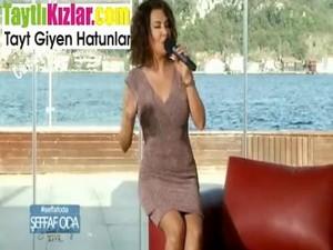 Turkçe Ebru Yaşar Bacak Arası