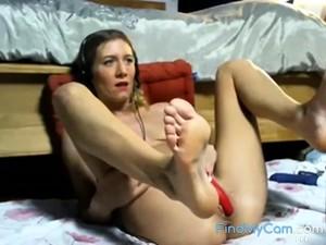 Barefoot French Webcam Model