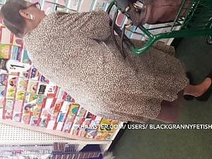 No Panties Black Granny Upskirt (CLASSIC)