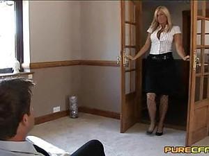 Hostess Segano Il Boss