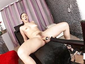 Pamela Sanchez Sexmachines Squirt