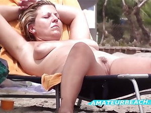 Pussy Close-Up Beach Voyeur Amateur Compilation Video