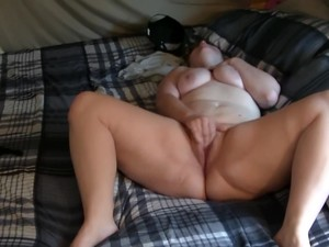 Natural PAWG Elsa Doll Makes Bed, Masterbates, BBC Dicked, And Facial
