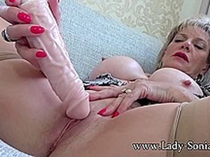 Sexy Mature Lady Sonia Tickling Her Clit