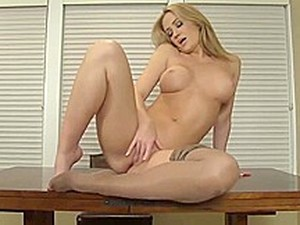 Hot Babe Strips Off Pantyhose To Work Her Pussy Over