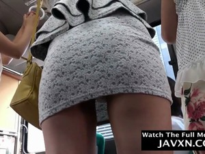 Hot Japanese Babes On The Bus