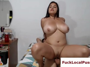 Big Boobs Curvy Latina Sucks And Rides Live