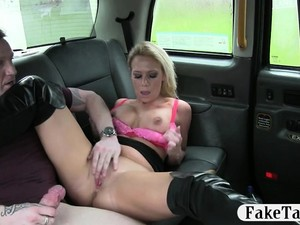 Horny Couple Boning In The Taxi While The Driver Is Watching