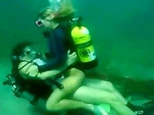 Scuba Sex Underwater