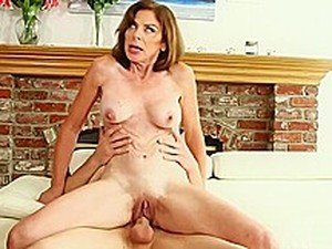The Anal MILF And The Pool Boy