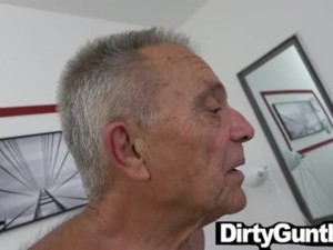 Pregnant Babe Watches Old Gunther Fuck