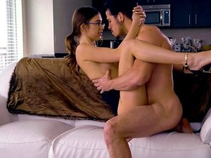Business Babe In A Mini Skirt Slobbers On A Cock And Gets Laid