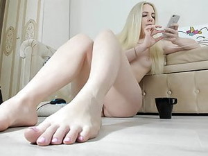 Naked Sexy Blonde Girl