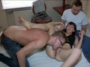Spoiled Brunette MILF Hop On Strain Dick Of Horny Dude Reverse In MMF