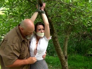 Busty Amateur Teen Outdoor Hardcore Facial Action