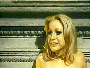 Barbara Bouchet,Rosalba Neri,Unknown In Alla Ricerca Del Piacere (1972)