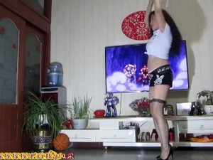 Chinese Milf Dance 肥鲍少妇金芙蓉