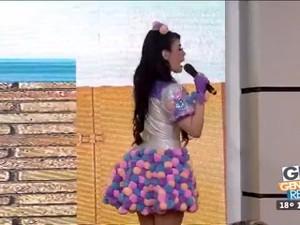 Gaby Lozoya En Pantalon De Latex Y Ana Celia En Minishort Ajustado HD