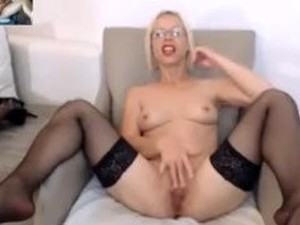 Blonde Femdom Masturbate