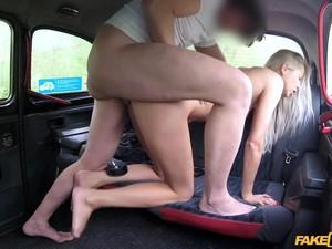 В машине,Верхом на члене,Сосать член,Скрытая камера,Мастурбация
