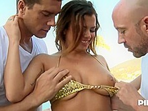 Delightful Babe With Big Boobs And Trimmed Pussy, Keisha Grey Is Having A Casual, Mmf Threesome