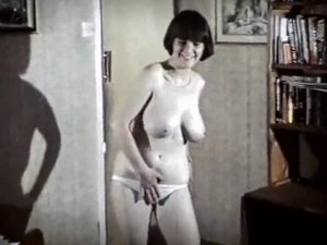 Helen Teen Vintage British Big Tits Striptease Dance [HD]