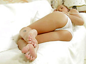 Pale But Sexy And Hot Blondie With Nice Toes Rubs Her Wet Pussy On The Couch