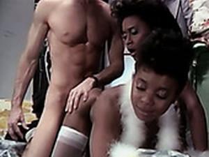 Lascivious Ebony Gals Seduce A Guy Into A Threesome
