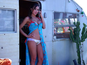 Behind The Scenes With Miss October 2015 Ana Cheri